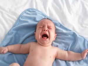 chữa trẻ rối loạn tiêu hóa ợ chua và buồn nôn