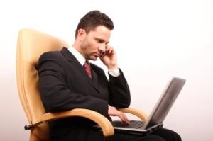 Làm việc trí óc nhiều sẽ dễ dẫn đến hiện tượng mất ngủ