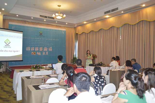 DS. Lê Phương – Giám đốc DP Vinh Gia khẳng định Bộ SP mới hoàn toàn phù hợp với nhu cầu sử dụng của Quảng Ninh và Hải Phòng