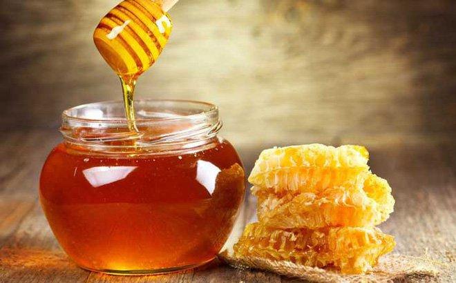 Mật ong trị táo bón ở trẻ sơ sinh