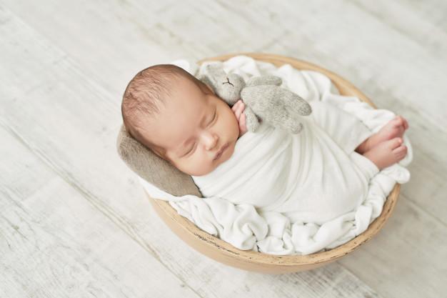 Trẻ 1 tháng tuổi bị táo bón