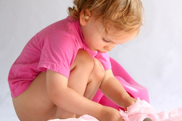 Trẻ bị táo bón lâu ngày