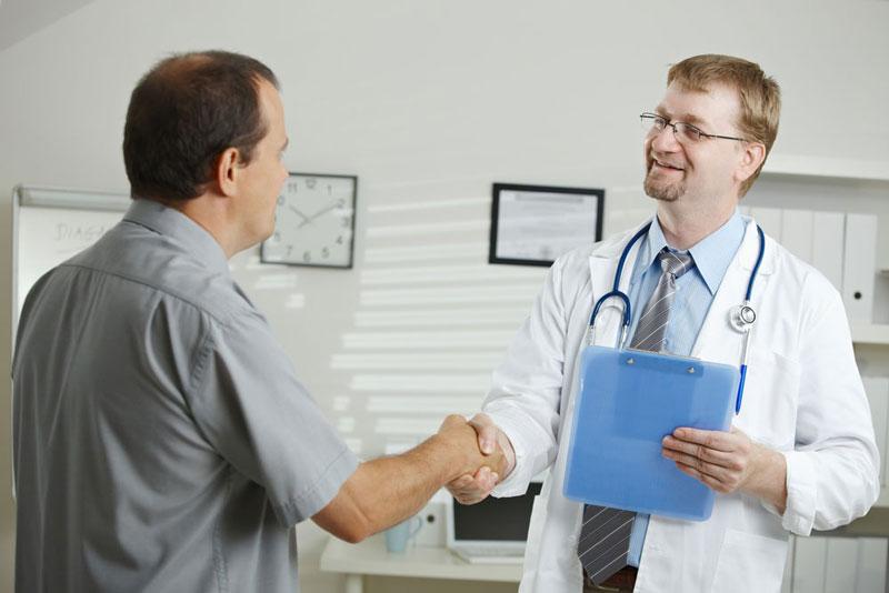 Chuyên gia giải đáp: Bệnh trĩ có tự khỏi được không?