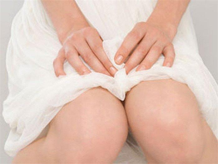 Viêm lộ tuyến cổ tử cung 1cm và các cách điều trị