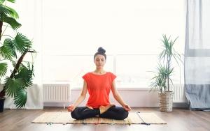Hướng dẫn 15 bài tập yoga chữa đau lưng đơn giản