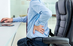Ai có nguy cơ mắc đau lưng dưới?