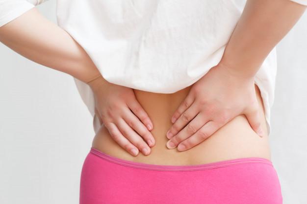 Bổ sung vitamin D, canxi cho cơ thể tránh đau lưng ở người trẻ